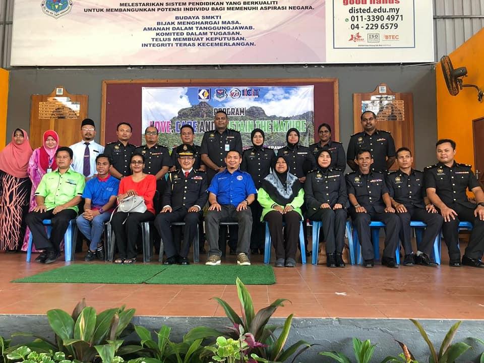 CSR Program ISLAND College Technology Penang ICT