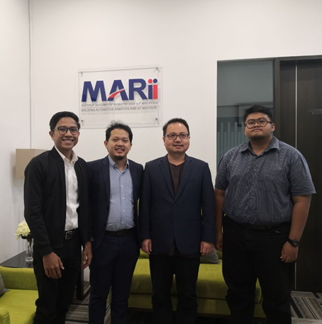 IMM IAViC 19′ organizing committee visit to Malaysia Automotive, Robotics & IoT Institute (MARii)